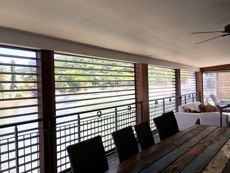 transparent polycarbonate rolling shutters for residential home balcony